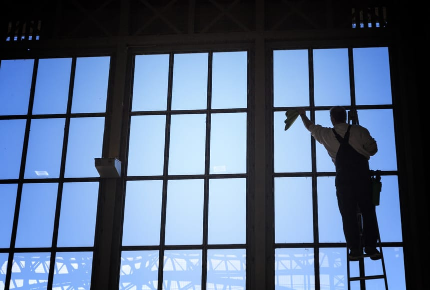 Commercial Glass Cleaning