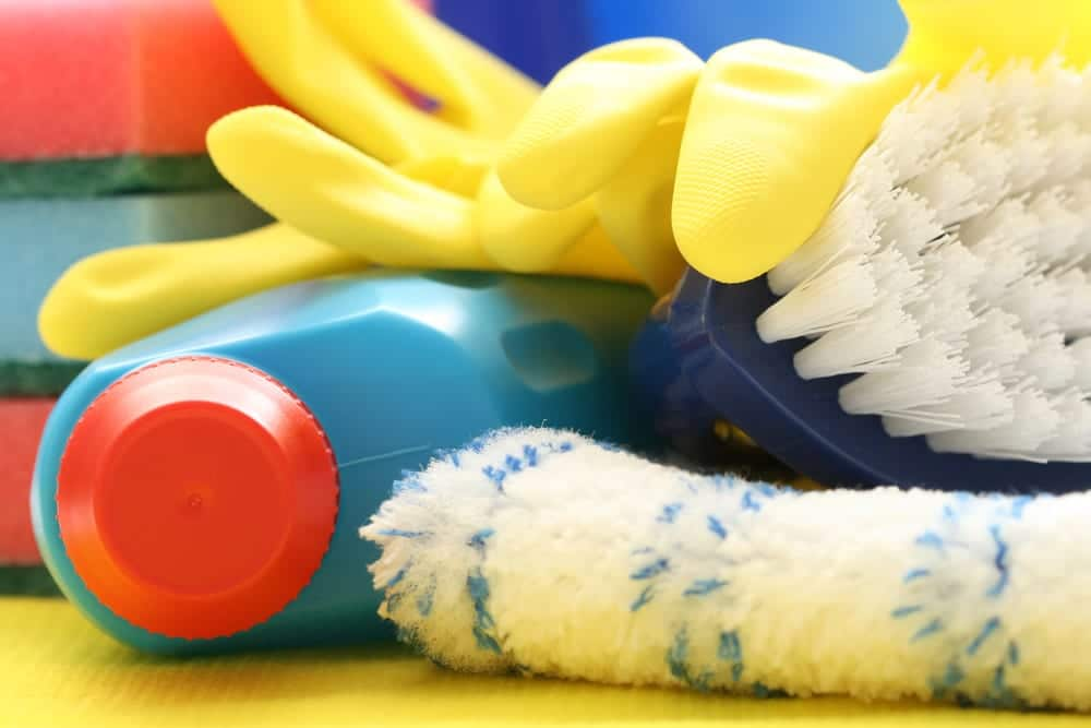 Green Cleaning Tip: Stop Using Bleach, It's Dangerous!